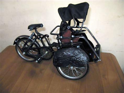 Miniatur Sepeda Onthel Becak harga souvenir kerajinan miniatur becak sepda onthel dan miniatur andong sewa sepeda jogja