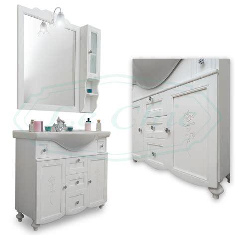 arredo bagno provenzale arredo bagno in stile provenzale legno bianco opaco con