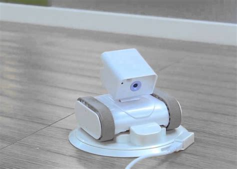 appbot link the world s smart home security robot