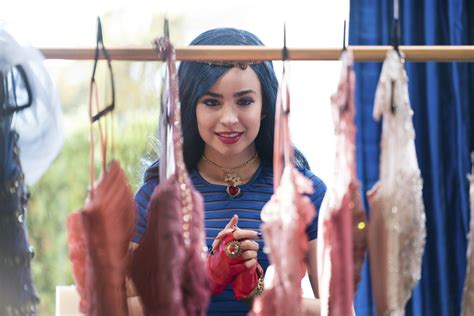 Evie And Me by Six Things You Should About Sofia Carson
