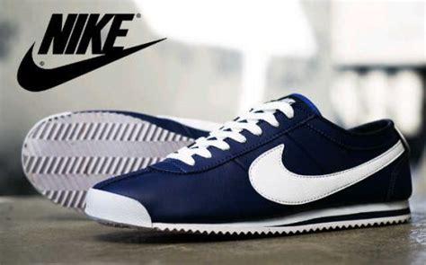 Sepatu Nike Dan Gambar Nya 27 model sepatu nike terbaru yang keren untuk pria dan