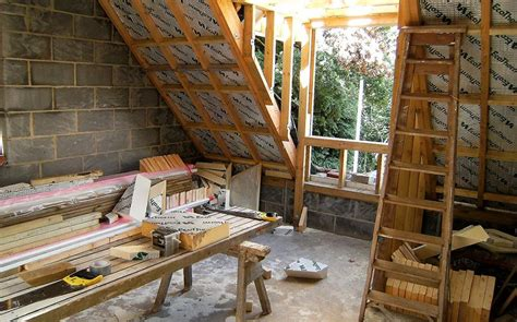 best insulation what is the best time of year to insulate a home
