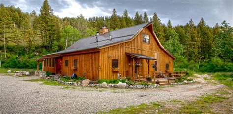 Prefab Tiny House Reside In A Beautiful Barn Home 14