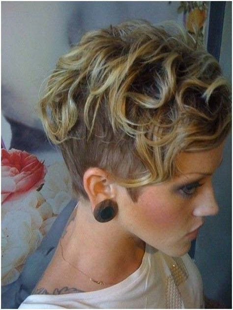 lovely wavy curly pixie styles short hair popular haircuts