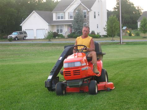 best lawn tractors how to find the best lawn tractor farming equipment canada