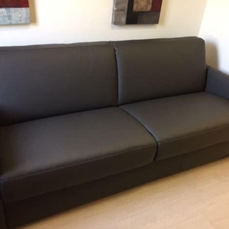 nicoletti divani prezzi divano nicoletti home alcova divani letto pelle divani a