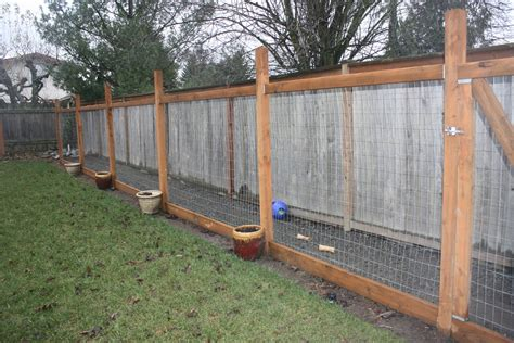 backyard fence for dogs kennel on pinterest dog runs outdoor dog kennel and dog