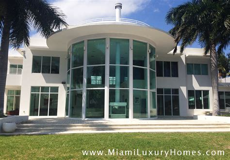 Luxury Homes Ft Lauderdale Ft Lauderdale Luxury Waterfront Home Just Leased Miami Luxury Homes