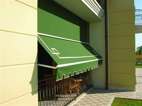 Tende Da Sole Con Guide Laterali by Tenda Da Sole A Caduta Con Braccetti Con Guide Laterali