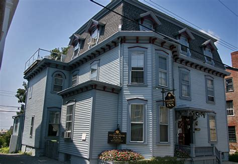 haunted houses in ri the pilgrim inn b b newport haunted houses newport hauntedhouses com
