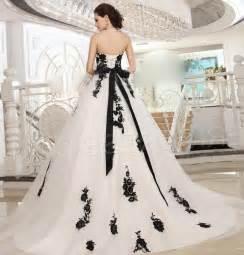 and white wedding dresses plus size plus size black and white wedding dresses pluslook eu