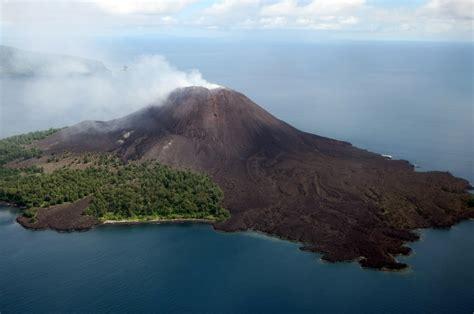 membuat gelang anak gunung anak gunung krakatau semakin tinggi ini foto
