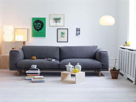 muuto rest sofa by anderssen voll