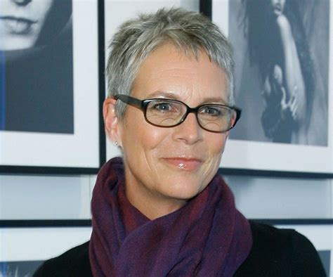 the 17 hottest silver foxes jamie lee curtis lee curtis jamie lee curtis 16 sexy silver foxes popsugar beauty