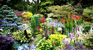 Colorful Flower Gardens Amazing Beautiful Gardens With Colorful Flowers And Trees Goodhomez