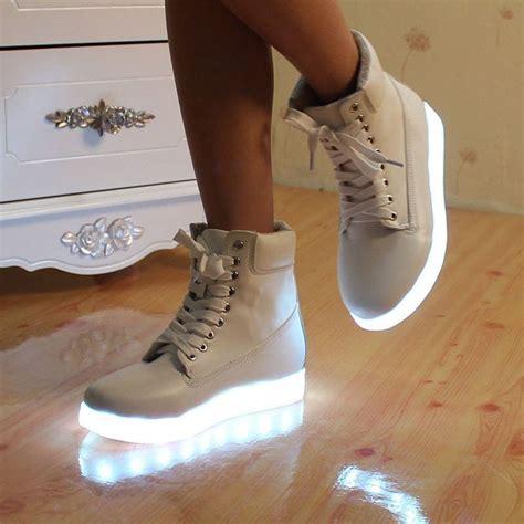 light up shoes size 6 40 mejores im 225 genes de zapatillas con ruedas y luces en