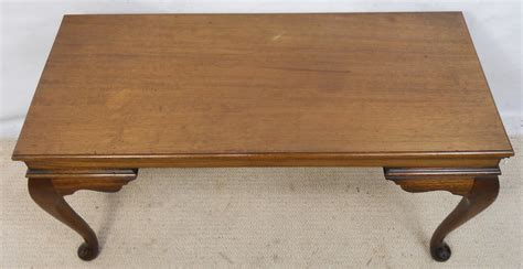 mahogany coffee table in antique georgian style