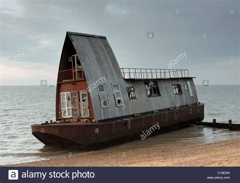 grand designs house boat derelict houseboat quot medway eco barge quot from grand designs