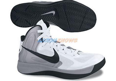 Sepatu Nike Zoom Hyperfuse nike zoom hyperfuse 2012 sneakernews