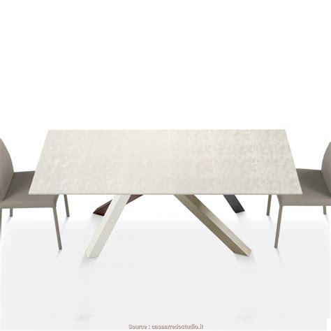 tavolo di cartone locale 6 divano di cartone allungabile jake vintage