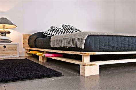 DIY Furniture from Euro pallets ? 101 craft ideas for wood