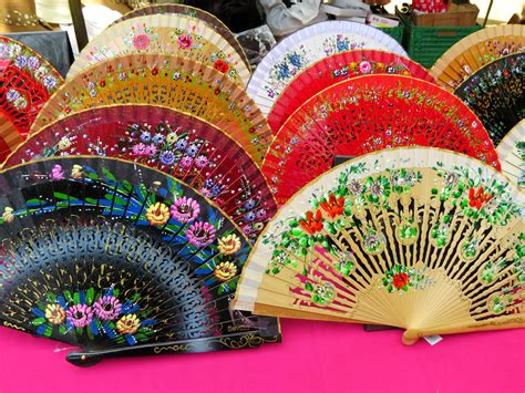 hand fan in spanish spanish fans www pixshark com images galleries with a