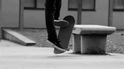 skateboard grind bench skateboard bench grind gif 2422 500x280 umad com