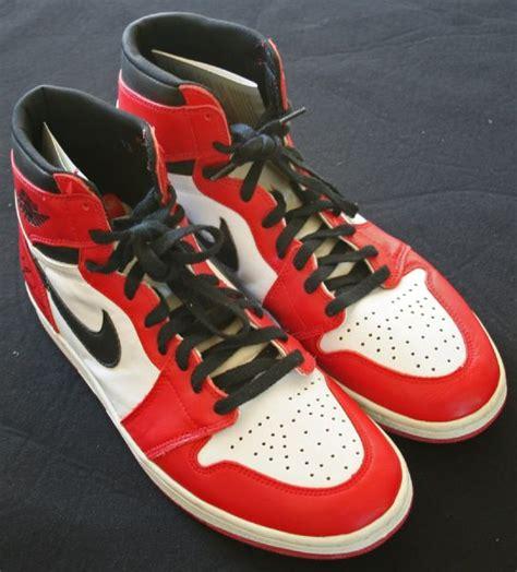 michael basketball shoe lot detail michael signed nike retro air