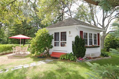 cape cod one bedroom cottages