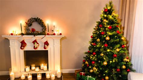 albero di natale in casa come decorare l albero di natale 10 idee e le regole per