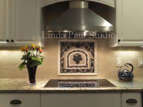 Tile Medallions For Kitchen Backsplash Kitchen Backsplash Ideas Pictures And Installations