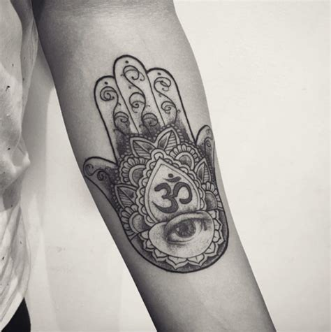 40 flawless hamsa hand tattoo designs tattooblend