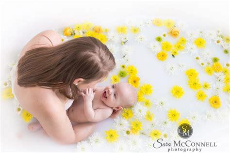 breastfeeding in bathroom ottawa baby photographer milk bath breastfeeding session