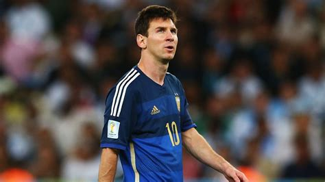 2014 world cup golden ball winner did lionel messi lionel messi wins 2014 world cup golden ball sbnation com