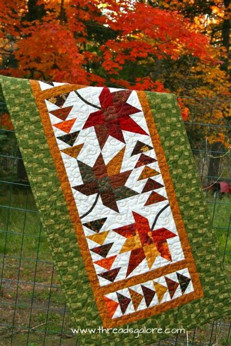 fall quilt table runner leaf patterns