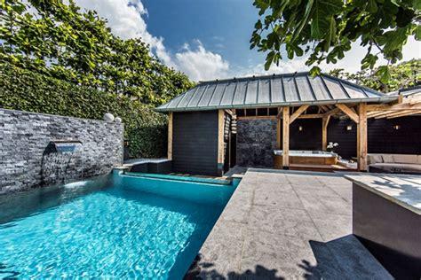 Backyard Swimming Pools Nz Wellness Einrichtung Und Schwimmbad Im Garten
