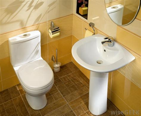 toilet bathroom what is the best way to clean a bathroom with pictures
