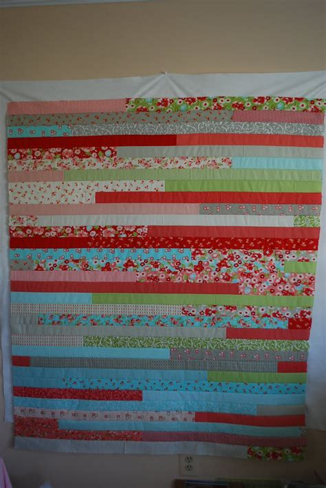 Jelly Roll Race Quilt Tutorial by Crafty Garden Jelly Roll Race Quilt Tutorial