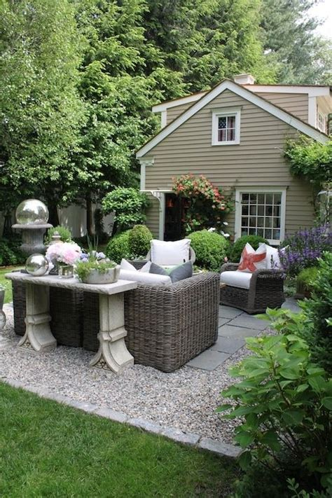 Gravel Backyard Cost 25 Best Ideas About Patio Cushions On