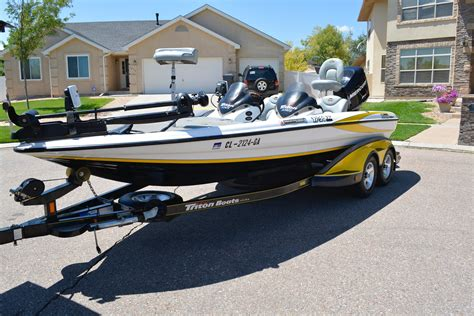used tritoon boats for sale craigslist used boats for sale in pueblo colorado autos post
