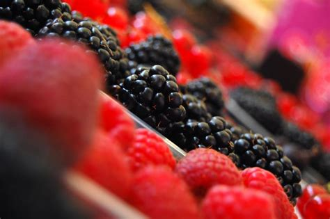 6 vegetables that cause gain fruits and vegetables with high levels of flavonoids may