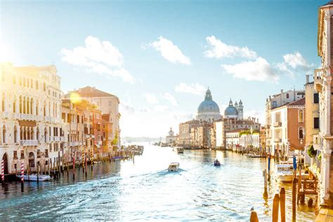 cheap flights to italy