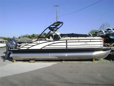 public boat r moneta va boats for sale in moneta virginia