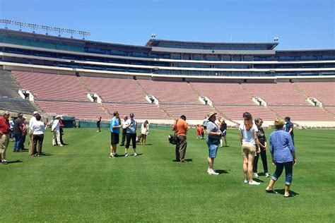 rose bowl section 4 h rose bowl stadium the story of an l a icon discover