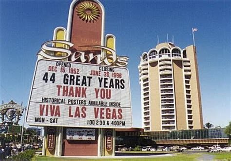 And Tear It Up In Vegas This Weekend by Las Vegas Travel Mancation Guys Weekend Ideas The Rat
