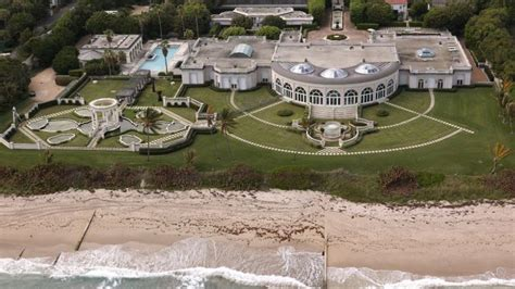 donald trump s house how donald trump s former us95 million mega mansion