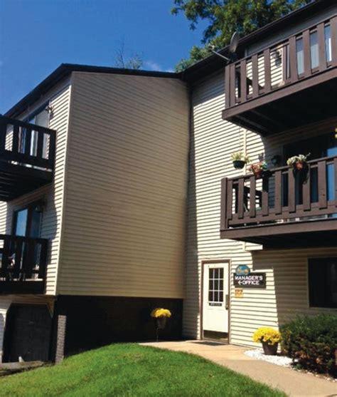 one bedroom apartments in cedar rapids westhill apartments cedar rapids ia apartment finder