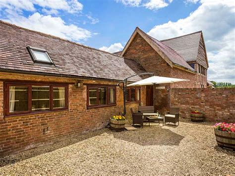 Cottages In Cotswolds With Tub by Cottages With Tubs In Cotswolds Savings Deals