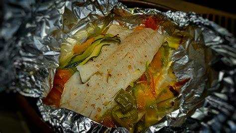 cocinar en papillote recetas merluza en papillote con verduras cocina sin grasas