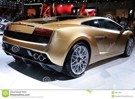 Lamborghini Estrada Gallardo Lp 560 4 De Italia Lamborghini Dourado Imagem De